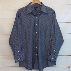 CROFT & BARROW Button Down Shirt Gray White Large